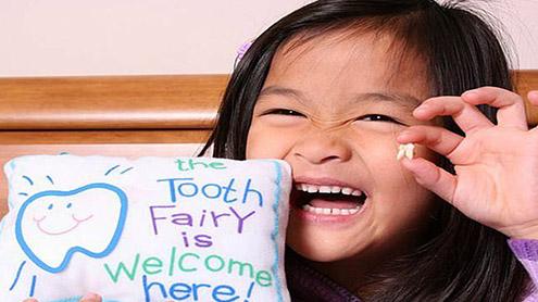 1412775 74605908 - خطرناک امراض پر تحقیق میں بچوں کے دودھ کے دانت اہم
