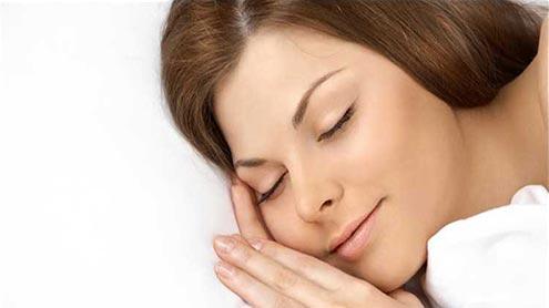 1421362 73694535 - نیند کی حالت میں ہمارے جسم کے ساتھ کیا ہوتا ہے ؟