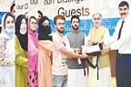 کامسیٹس یونیورسٹی ایبٹ آباد  کیمپس  میںنئے انٹرنیشنل سٹوڈنٹس کے  اعزازمیں تقریب،تحائف تقسیم کئے