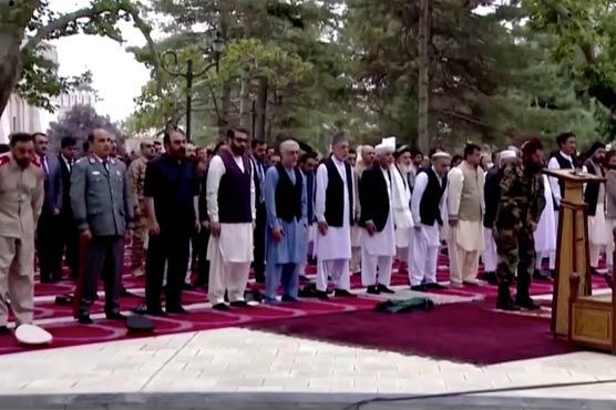 افغان صدارتی محل پر راکٹ حملے ، نماز عید کی ادائیگی کے دوران دھماکوں کی گونج اشرف غنی محفوظ ،  داعش نے ذمہ داری قبول کرلی ، مالی کے صدر پر بھی مسجد میں حملہ ، بال بال بچے