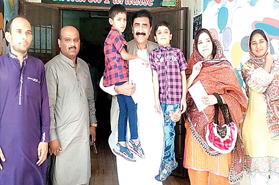 ایم این اے احمد حسین ڈیہڑ کا چائلڈ  پروٹیکشن اینڈ ویلفیئر بیورو کا دورہ