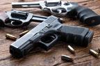 9ملزمان سے ناجائز اسلحہ برآمد
