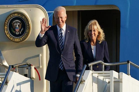امریکی صدرجی سیون کانفرنس میں شرکت کیلئے برطانیہ پہنچ گئے