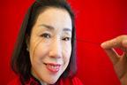 چینی خاتون کی 8انچ لمبی پلکیں ،ڈاکٹر وجہ جاننے سے قاصر