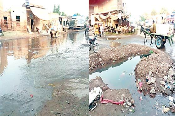 بکرمنڈی چوک :سیوریج کا پانی ، علاقے کے لوگوں کو مشکلات