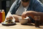 موٹے لوگ مذاق اڑائے جانے پر زیادہ کھاتے ہیں