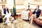 گورنر چودھری سرور سے حسن انعام پراچہ کی ملاقات