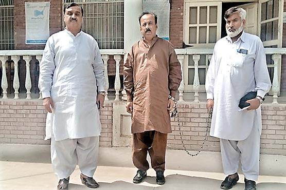 نائب تحصیلدار سرکل واں بھچراں رشوت لیتے ہوئے گرفتار