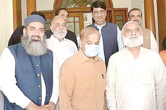 شہباز شریف سے سابق میئر میو نسپل کار  پور یشن گجرات حاجی ناصر کی ملاقات