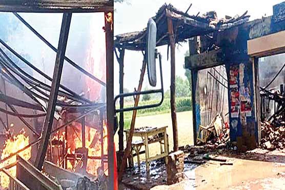 گو جرہ :سلنڈر پھٹنے سے چائے اور ٹائر شاپ میں آگ لگ گئی