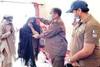 کوٹ ادو:پولیس شہداکی  فیملیز میں عید راشن پیکیج تقسیم