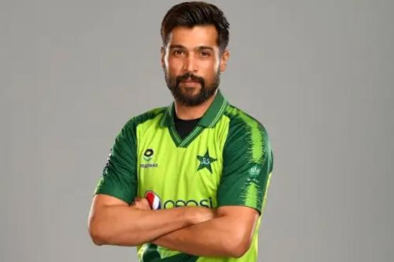 محمد عامر کی انگلینڈ کی طرف سے کھیلنے کی سختی سے تردید