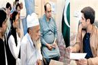 علماء اہل سنت اور زعماء بھیرہ کے  وفد کی اسسٹنٹ کمشنر سے ملاقات
