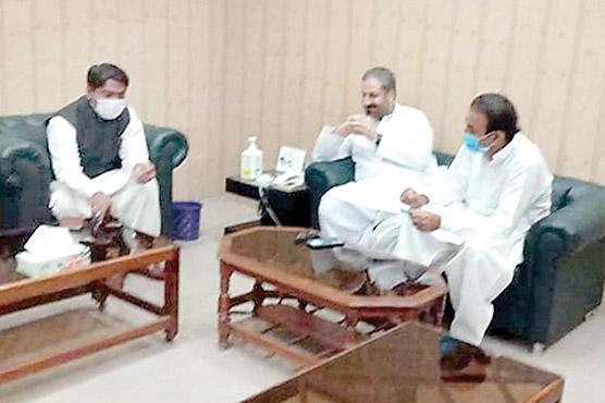 امجد خان،امین اللہ،خرم شہزاد کی ترقیاتی ،انتظامی امور پر گفتگو