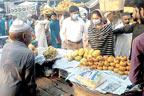 اسسٹنٹ کمشنر کا سبزی منڈی کا دورہ