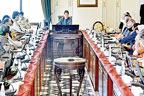 طالبان حکومت کو تسلیم کریں یا نہیں؟ ہمسایہ ممالک کیساتھ اجتماعی فیصلہ کرینگے : عمران خان