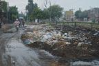 نیو مسلم ٹاؤن :ٹوٹی سڑکیں،سیوریج کا پانی،گندگی کے ڈھیر