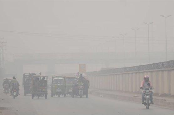 سموگ سرپر،ادارے آلودگی پر قابوپانے میں غیر سنجیدہ