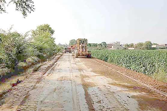 چک 257 گ ب سے 258 تک سڑک کی تعمیر شروع