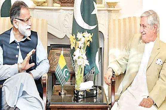 وزیر اعظم آزاد کشمیر سے سابق صدر  سردار یعقوب کی ملاقات ،مبارکباد دی